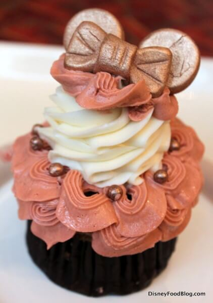 Rose Gold Minnie Cupcake
