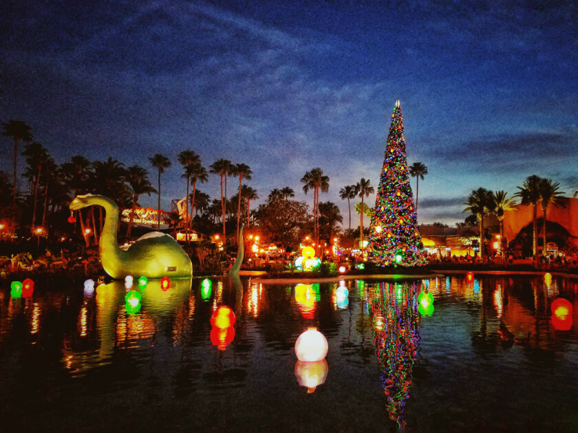 Hollywood Studios Echo Lake Christmas
